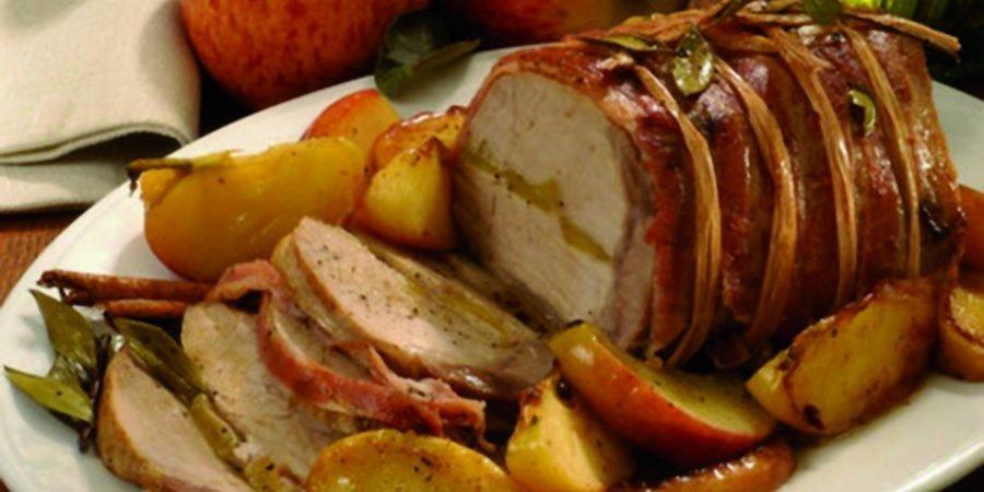 Arrosto di maiale con salsa alle mele e patate