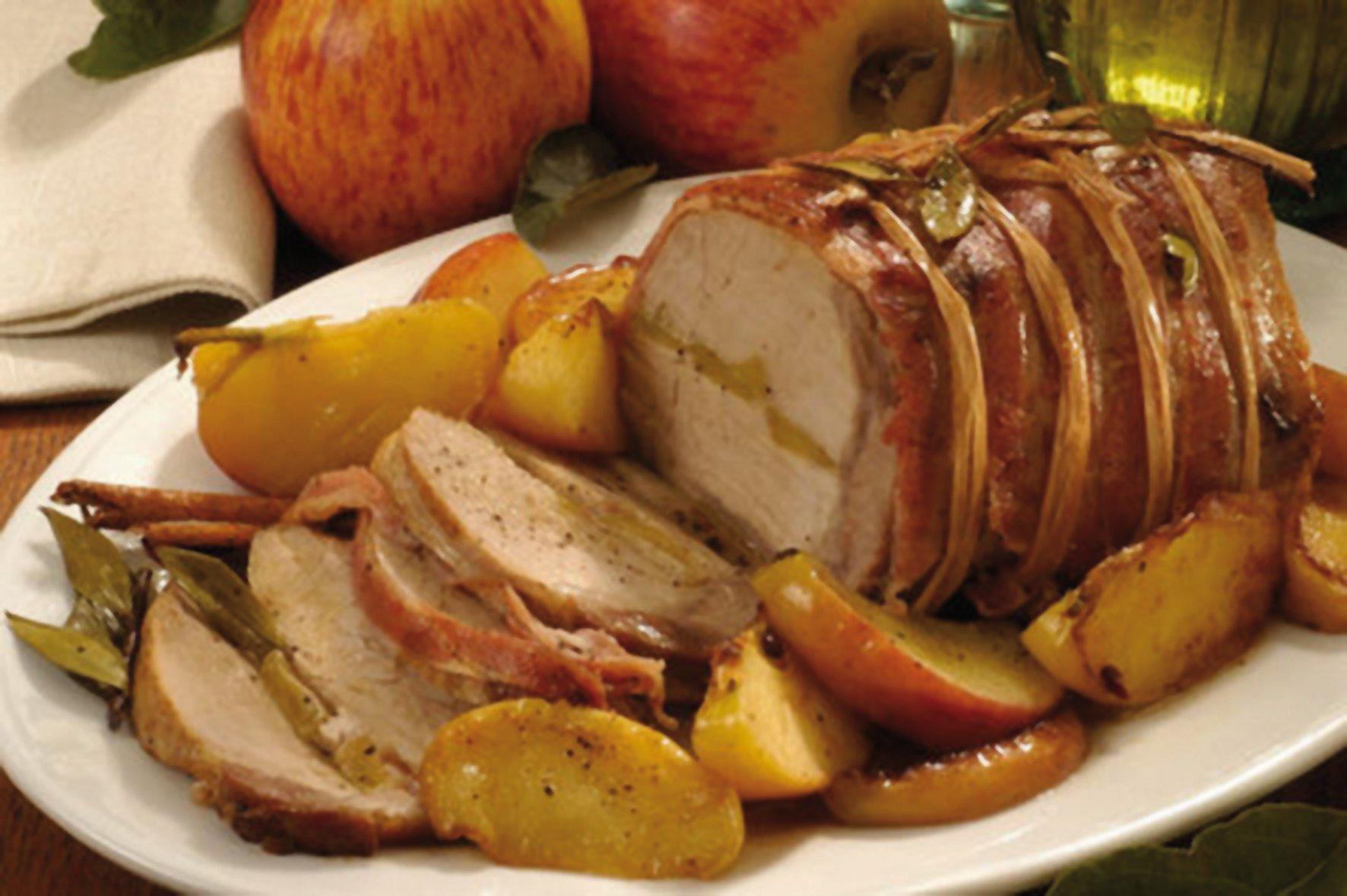 Arrosto di maiale con salsa alle mele e patate basko for Arrosto maiale