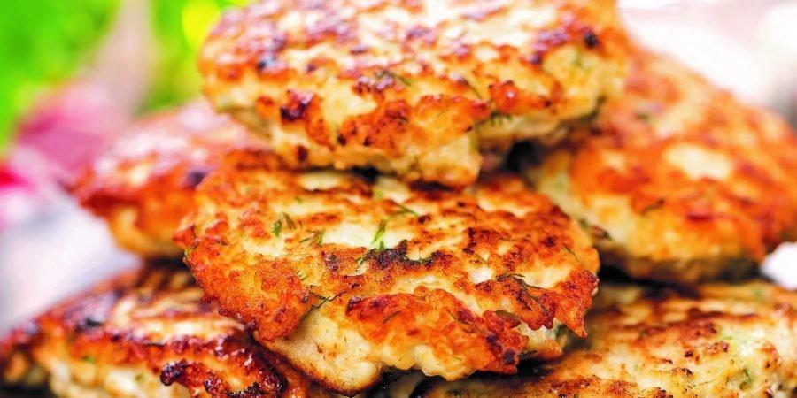 Hamburger di pollo con verdure