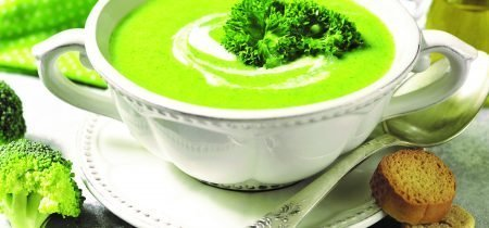Zuppa di broccoli e spinaci