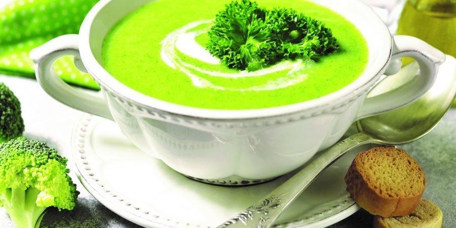 Zuppa di broccoli e spinaci